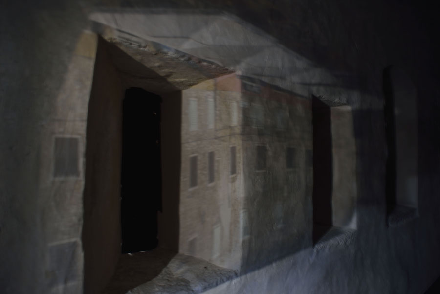 Motovun-City-Gate-Tower-IV-Croatia-2014.jpg