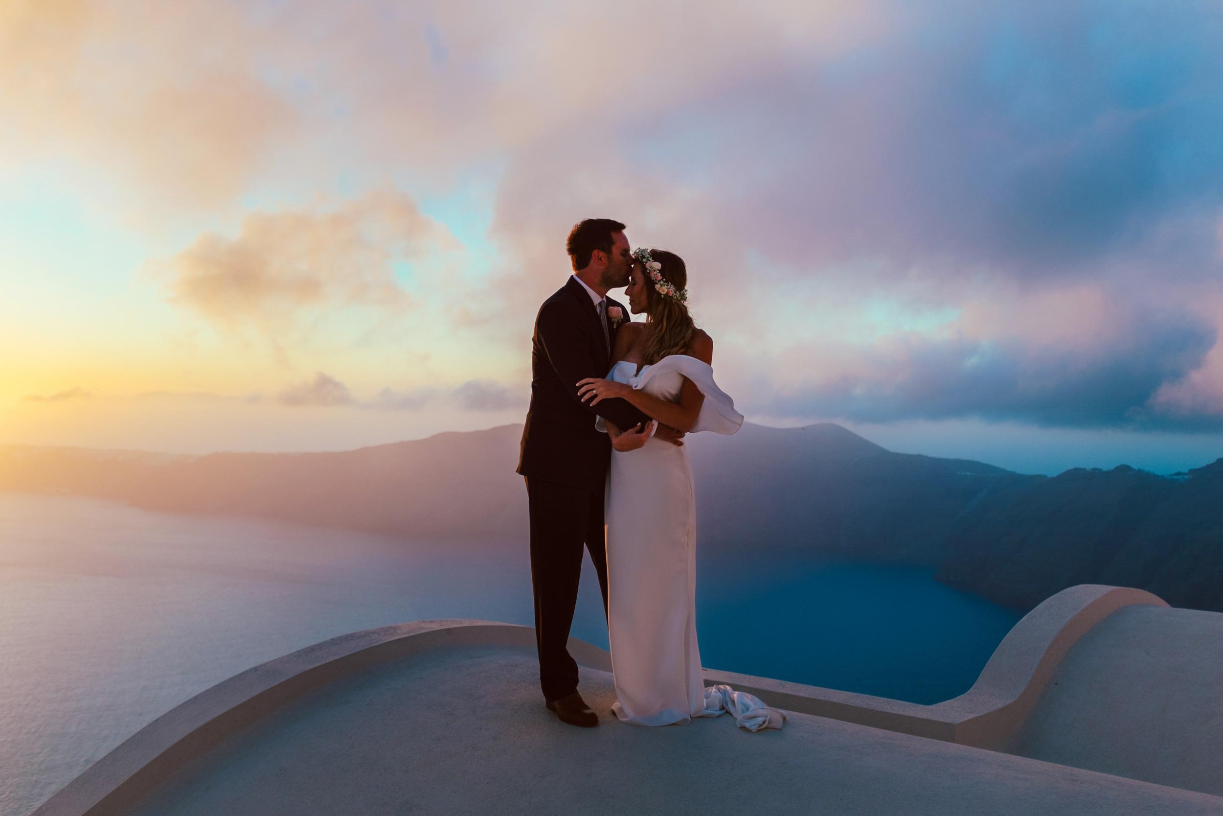 Santorini_Wedding_RemezzoVillas_001.jpg
