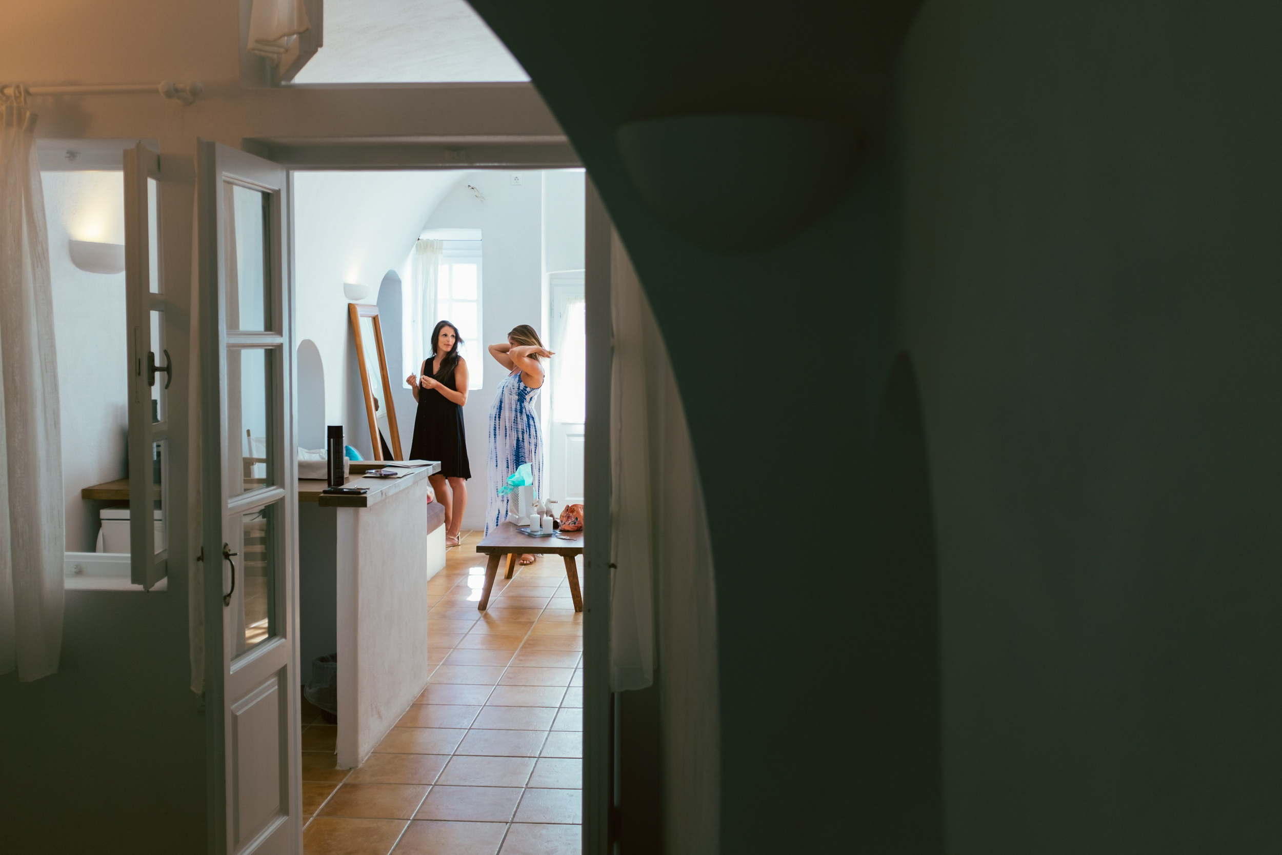 Santorini_Wedding_RemezzoVillas_010.jpg
