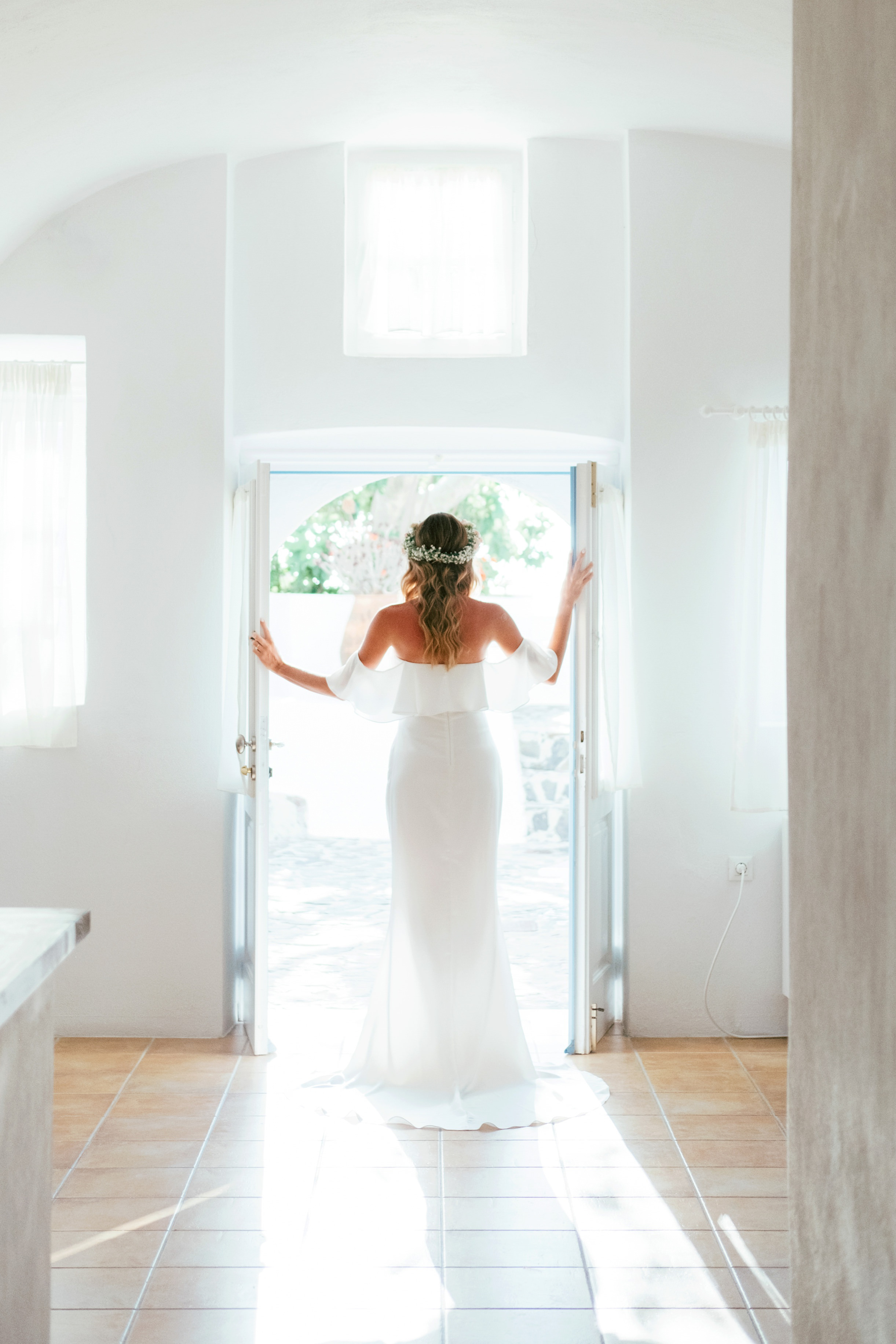 Santorini_Wedding_RemezzoVillas_026.jpg