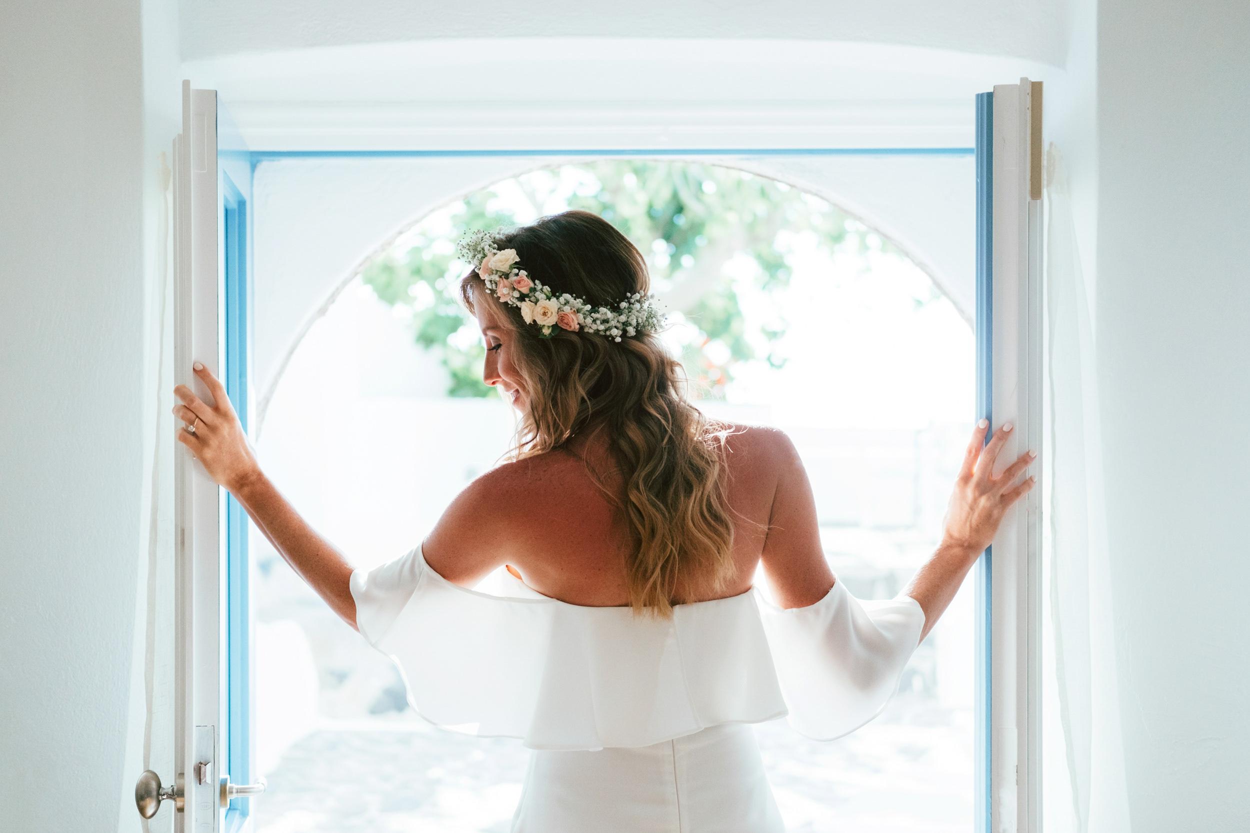 Santorini_Wedding_RemezzoVillas_027.jpg