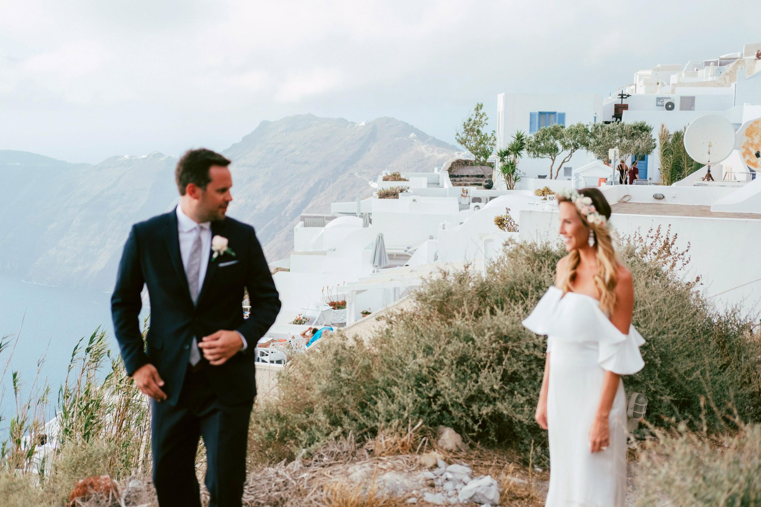 Santorini_Wedding_RemezzoVillas_033.jpg