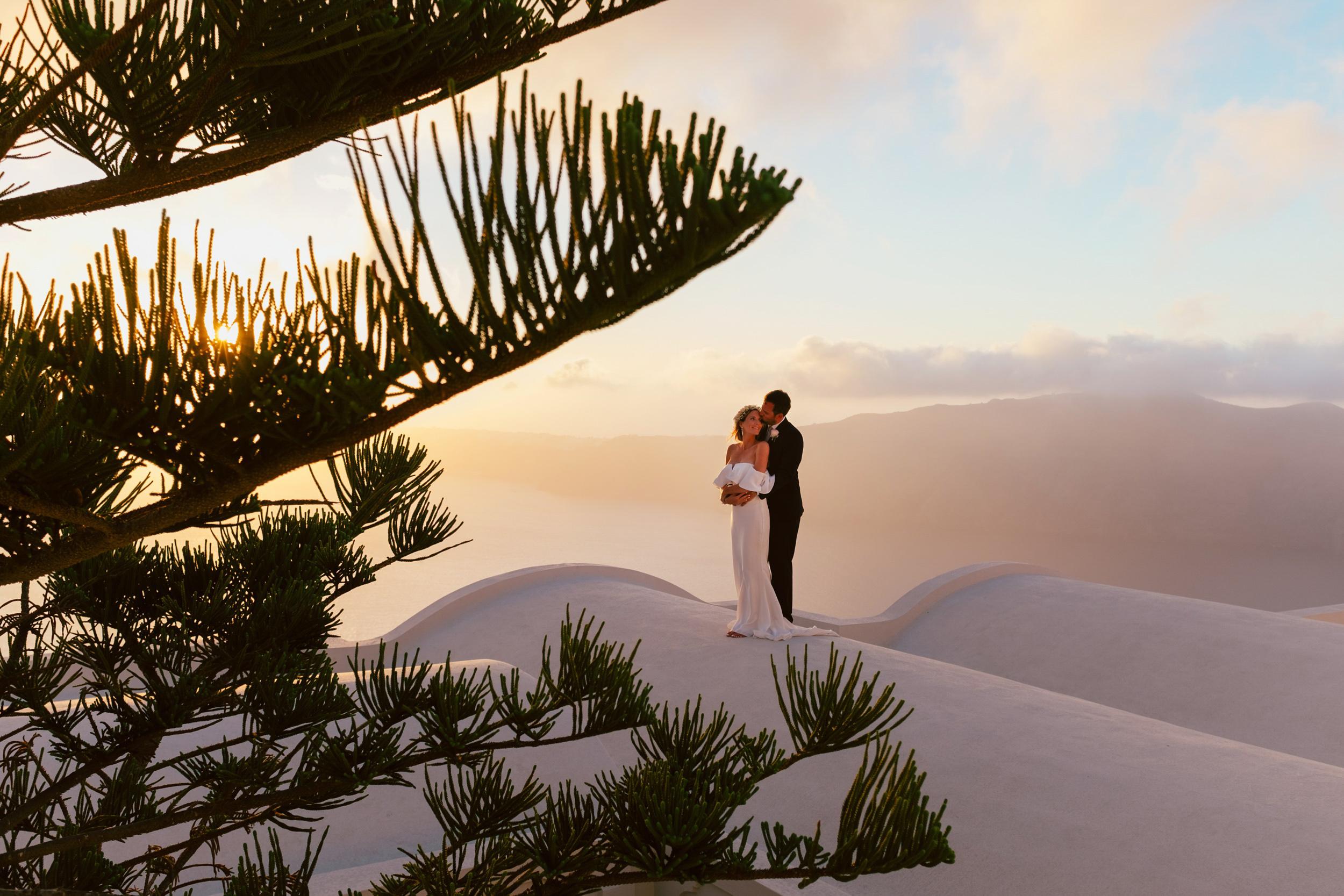 Santorini_Wedding_RemezzoVillas_064.jpg