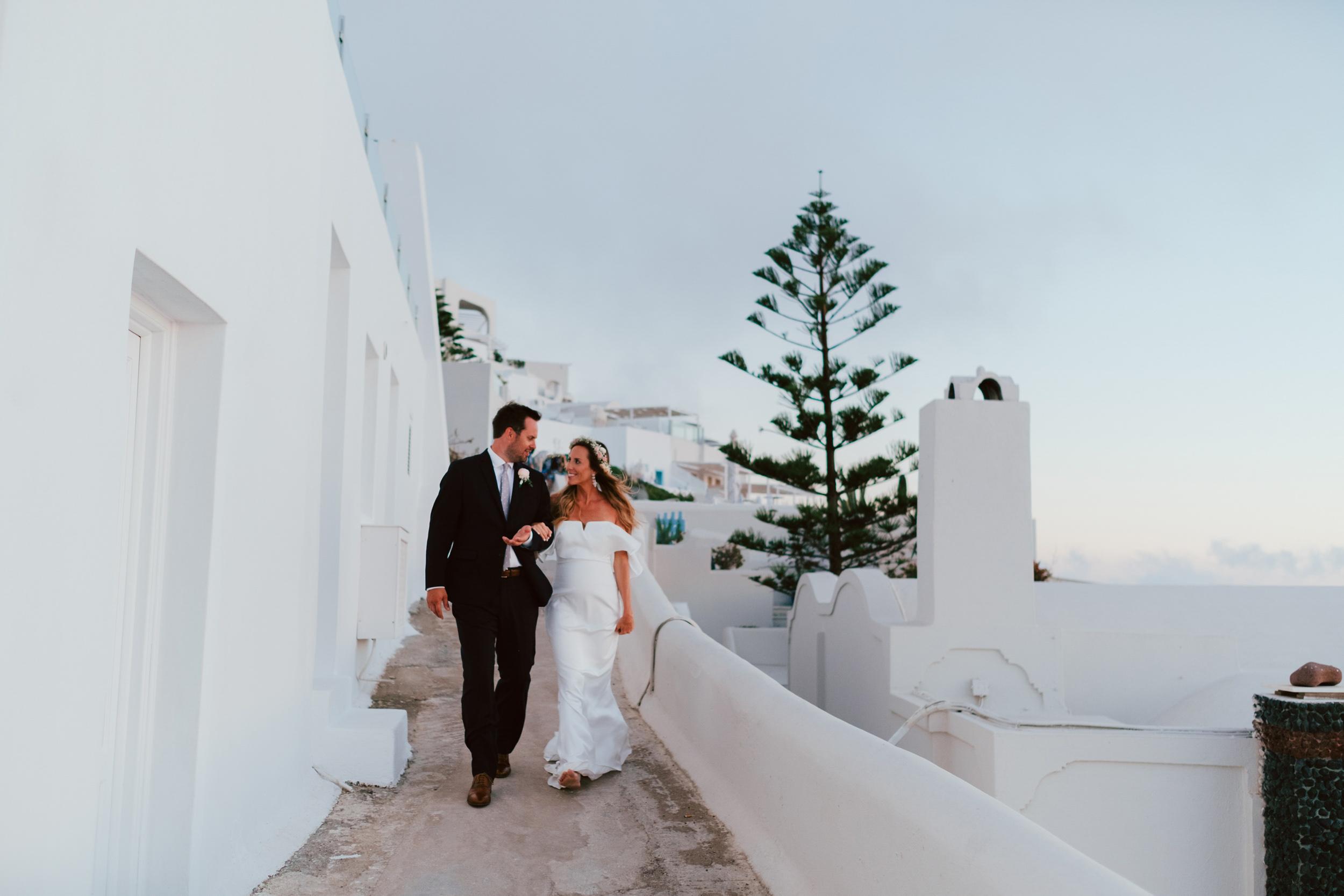 Santorini_Wedding_RemezzoVillas_070.jpg