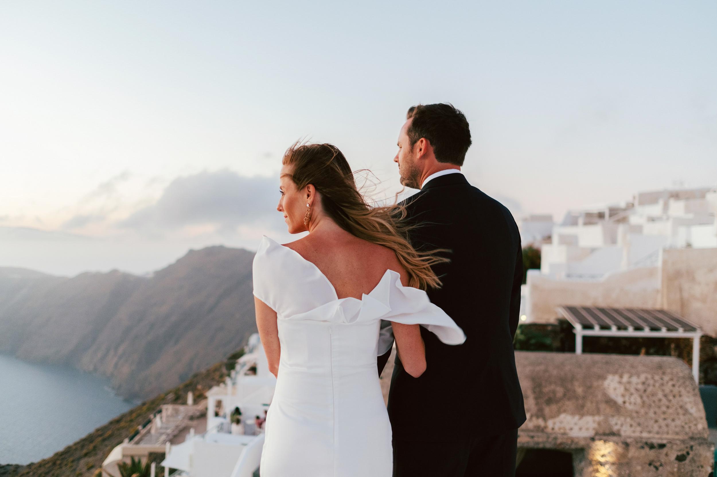 Santorini_Wedding_RemezzoVillas_073.jpg