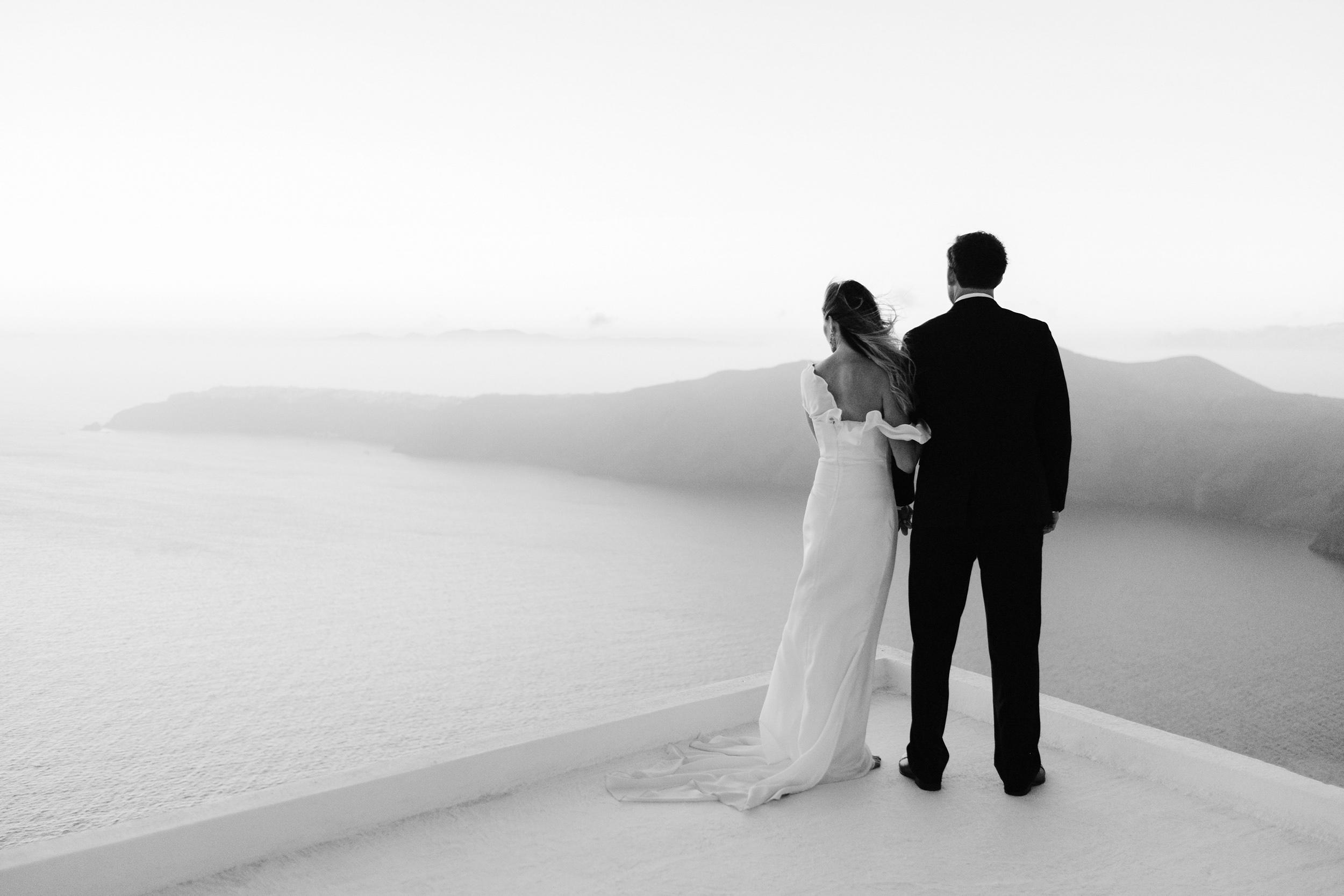 Santorini_Wedding_RemezzoVillas_079.jpg