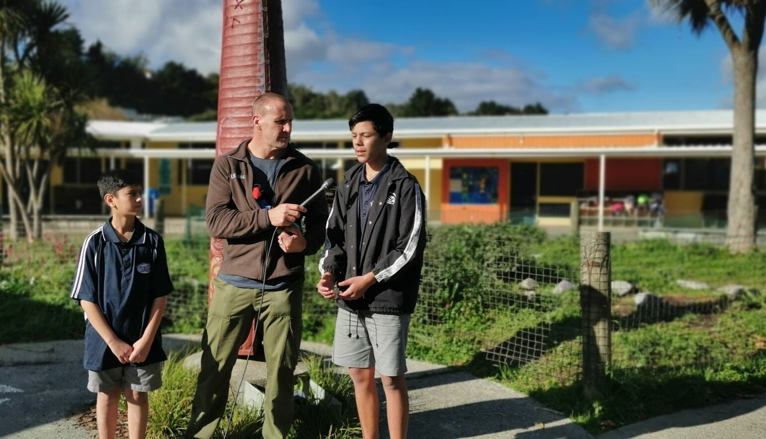 Map My Waahi:  Manaia Bennet (left), and Andre Marshall (on right) from Te Kura Māori O Porirua with Andrew, LEARNZ field trip teacher, getting filmed talking about what the pēpeha means to them as part of the Map My Waahi virtual field trip. The video will be used as part of Pēpeha (June 2019).
