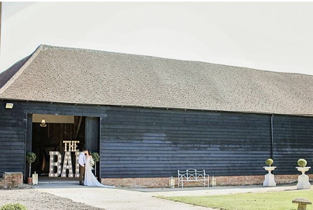 This is us 'The Barn' Wedding & Events Venue ❤️ For more information contact  sarah@thebarnatbrookendgreenfarm.co.uk or visit our website  www.thebarnatbrookendgreenfarm.co.uk, we'd love to hear from you ❤️ Photo by the amazing  @victoriamitchellphotography • • #weddingvenue #barnweddings #barns #rusticbarn #barn #weddingbarn #countrywedding #rusticbarnwedding #festivalbride #festivalweddings #bedfordshireweddingvenue #bedfordshirewedding #hertfordshireweddingvenue #hertfordshirewedding #2020weddings #2021weddings