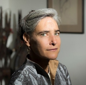 Ms Sarah Chayes Author of the prize-winning book,  Thieves of State: Why Corruption Threatens Global Security  United States of America   Sarah Chayes's remarkable trajectory has…