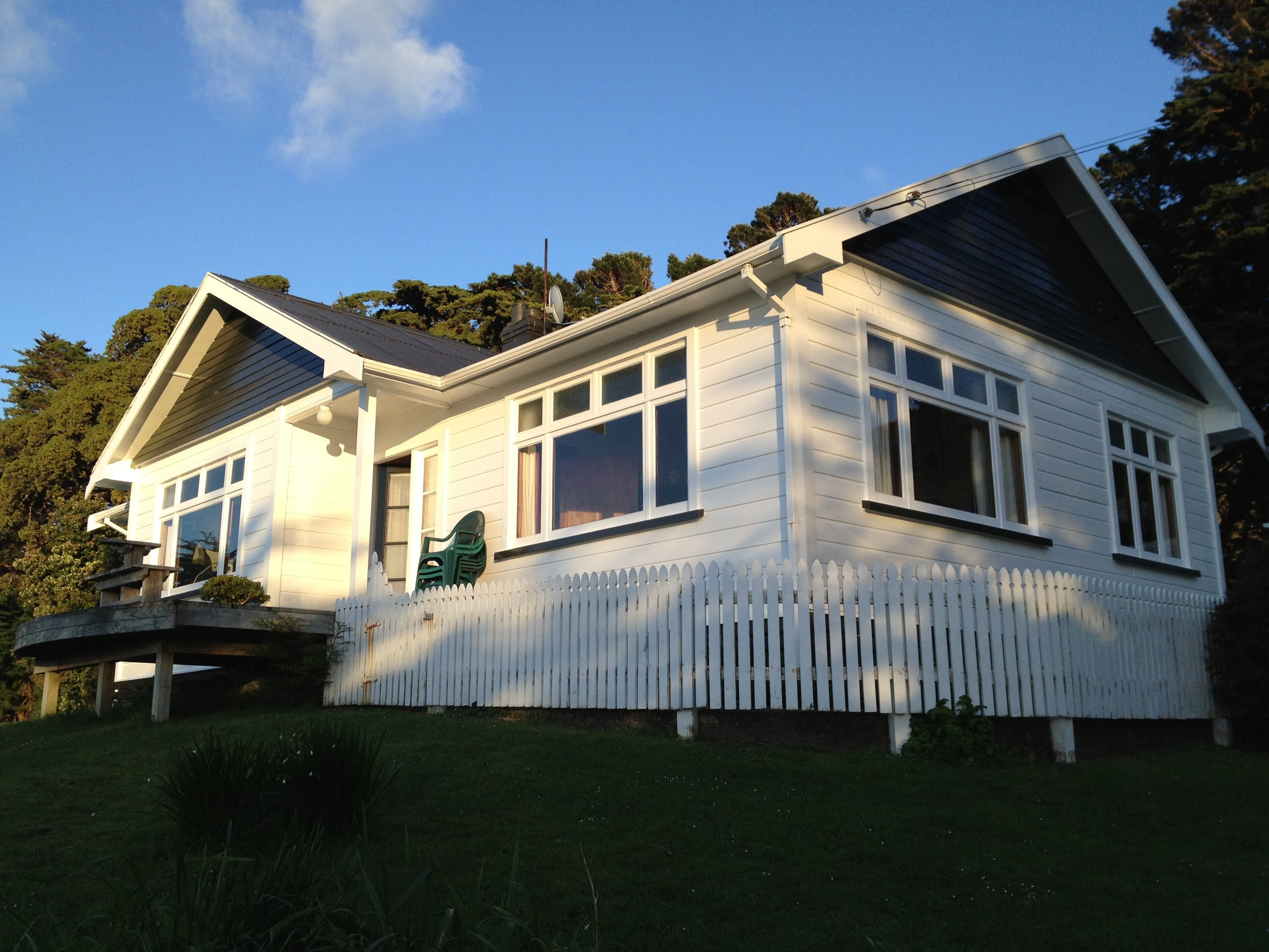 The original Perano homestead looking over Tory Channel out to Cook Strait is now a holiday home for rent (image by Jacqui Gibson).