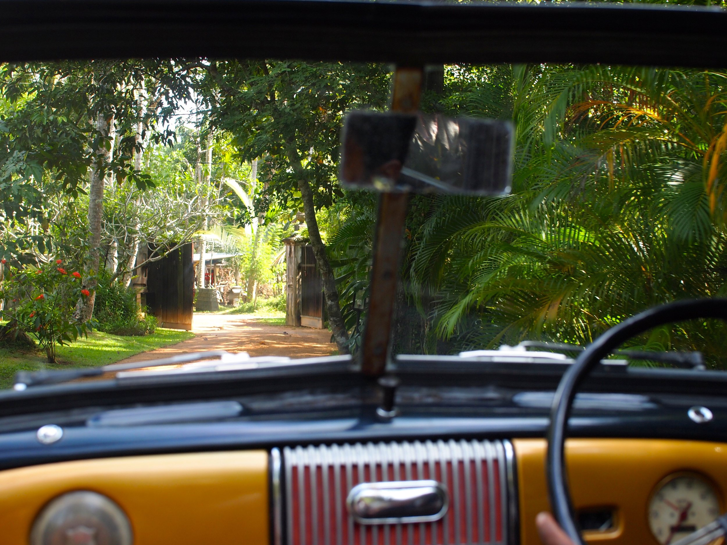 En route to Lunuganga (image by Jacqui Gibson).