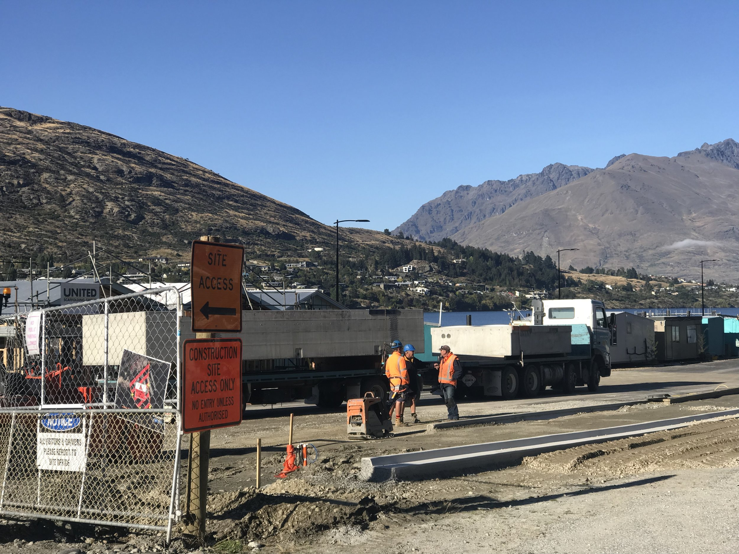 Queenstown construction site (images by Jacqui Gibson).