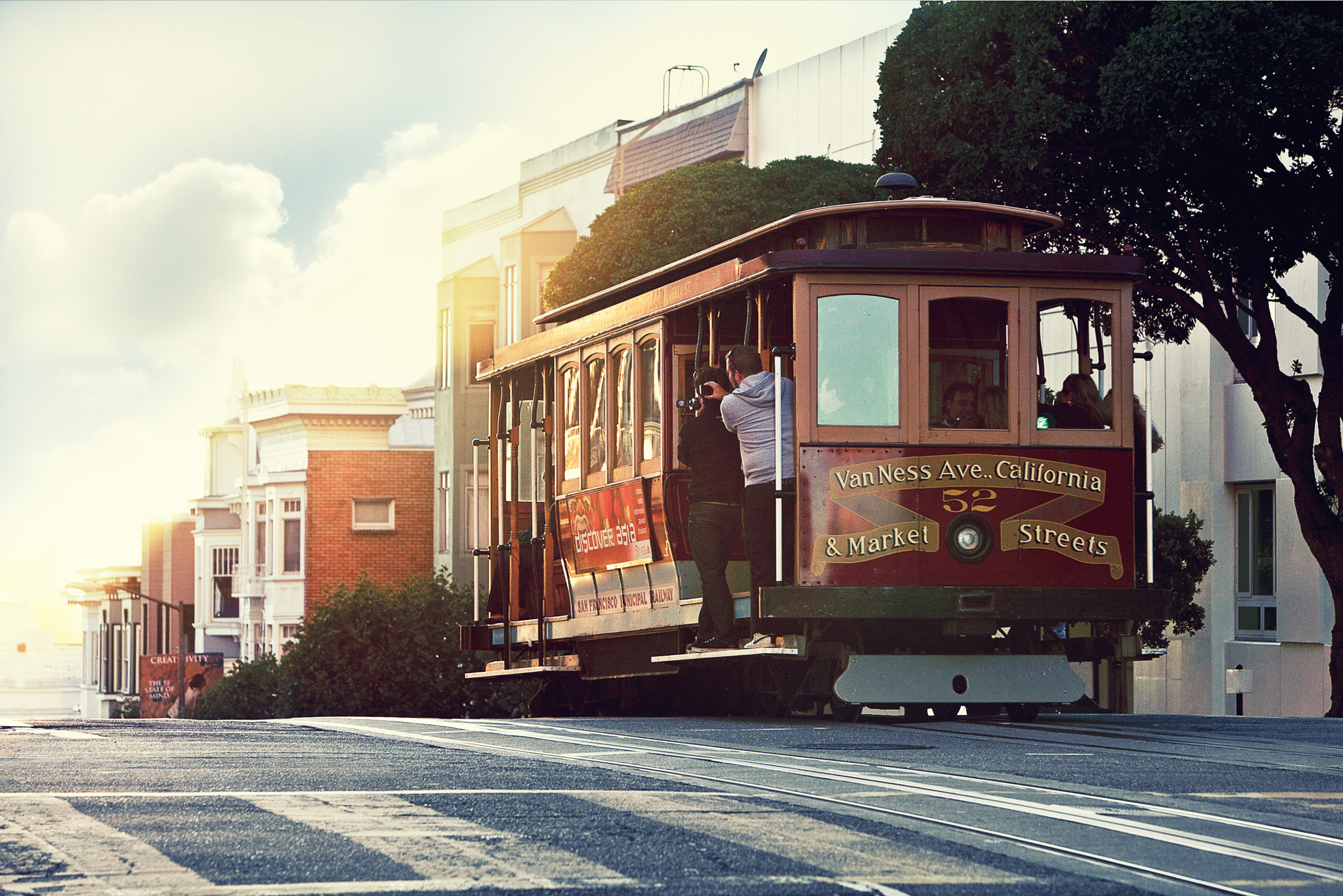 San Francisco cable car (image care of San Francisco Travel).