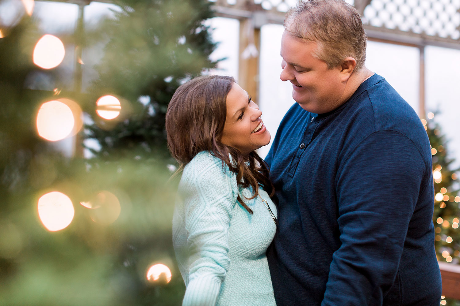 Mulhalls_Omaha_Fall_Engagement_Session_Kerry_Jay_23.jpg
