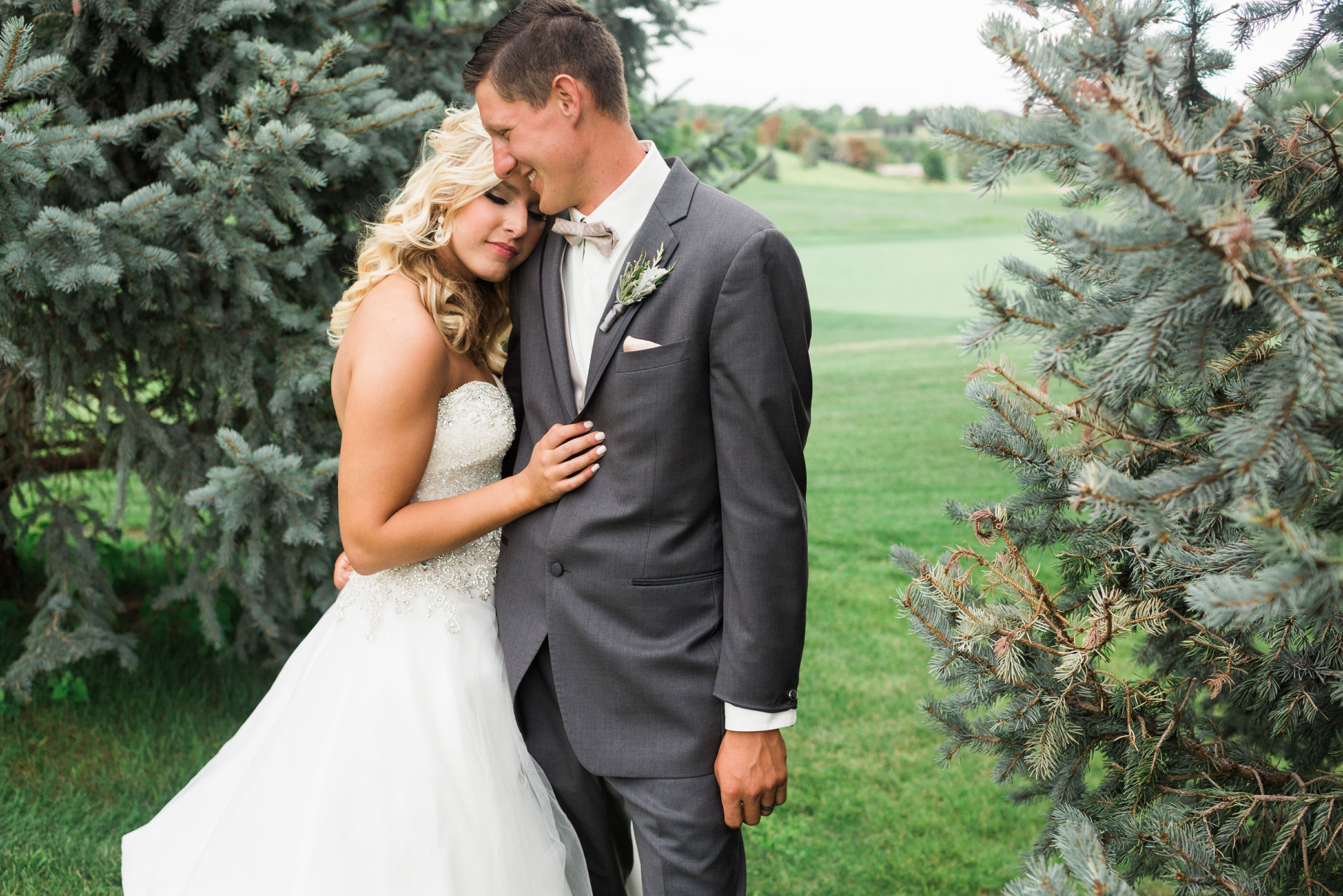 Indian_Creek_Country_Club_Omaha_Wedding_Danielle_Paul-373.jpg