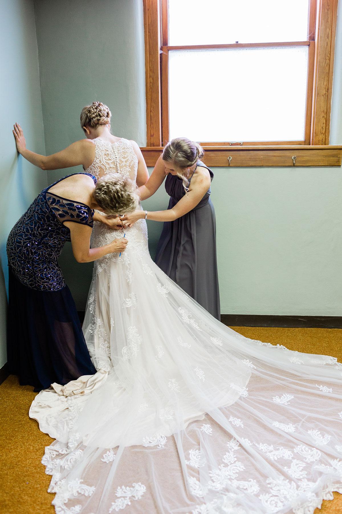 Wedding_Ord_Nebraska_Trotter_Event_Center_Taylor_Logan-65.jpg