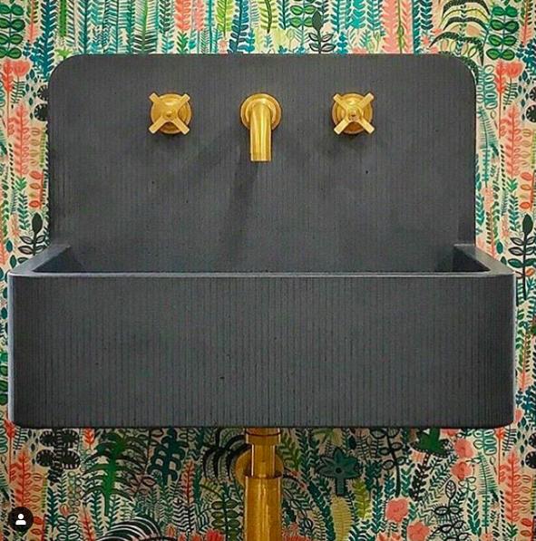 Gold taps - Instagram @samuelheathofficial