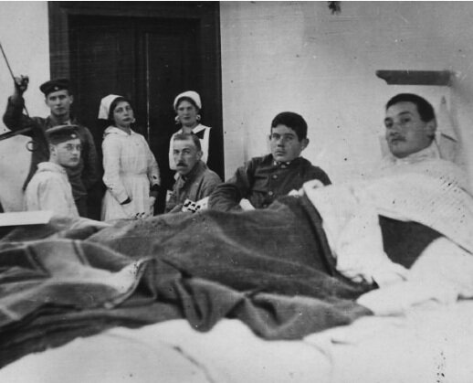 Gunta, third from left in her nursing days. Image: guntastolzl.org