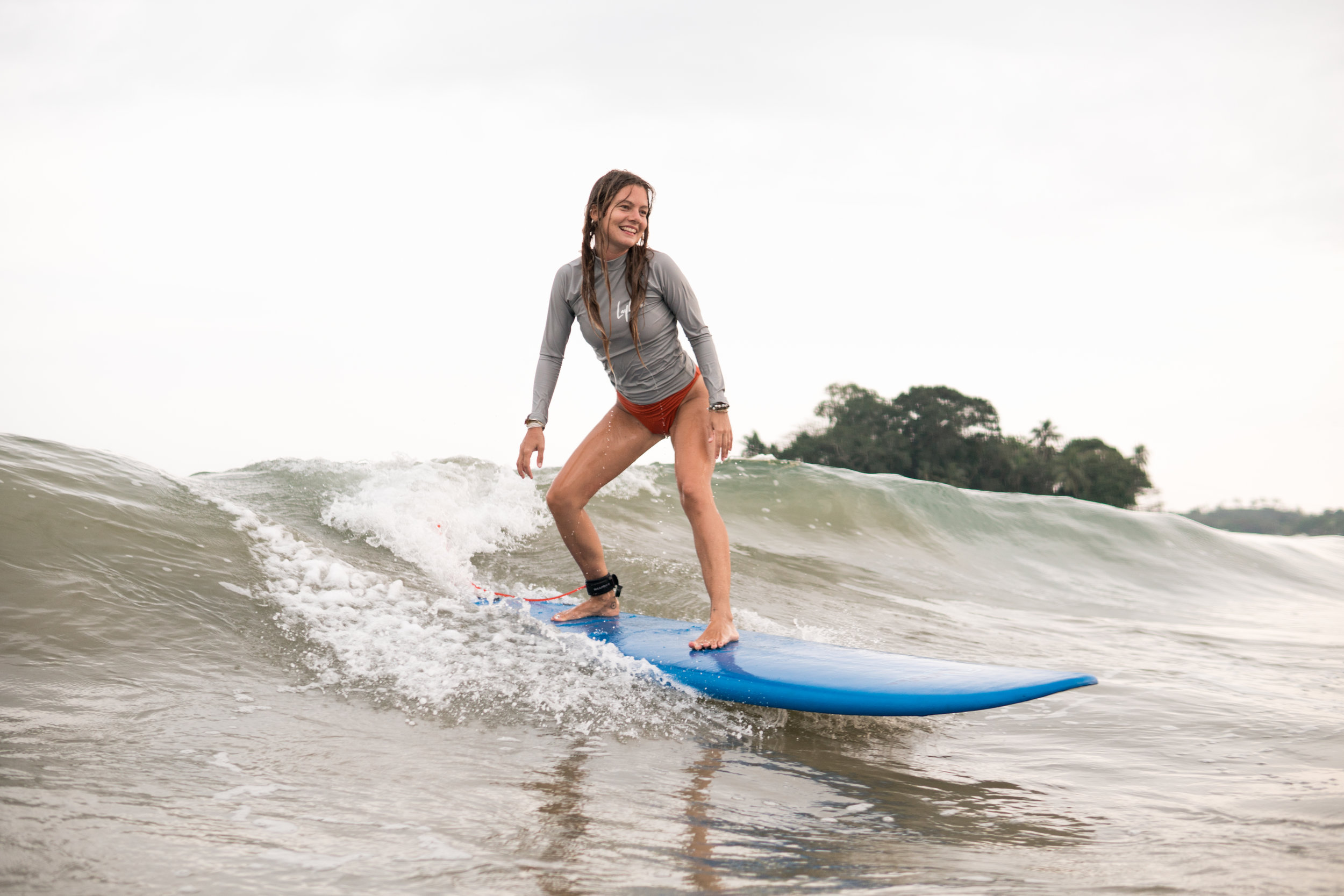 surf lessons in weligama