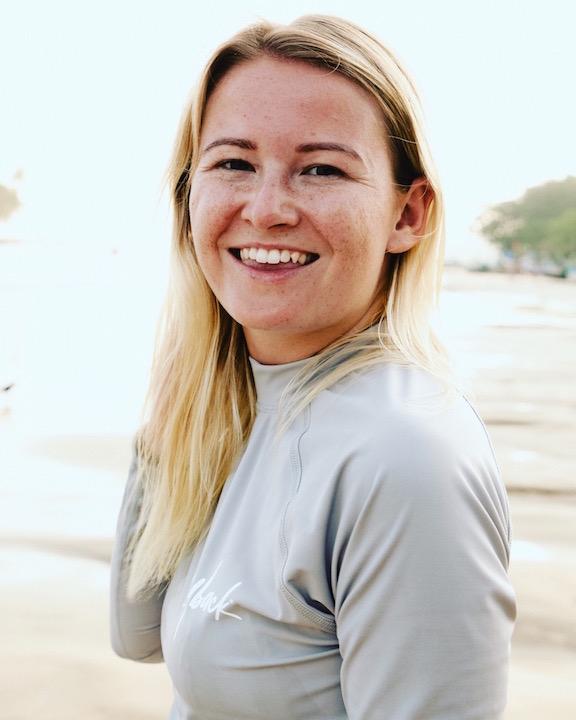 surf lessons in sri lanka