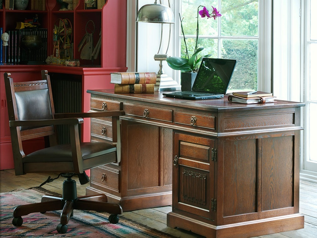 Range_OC_DeskandChairs_Pedestal-Desk-OC-2798-higher-res-1.jpg