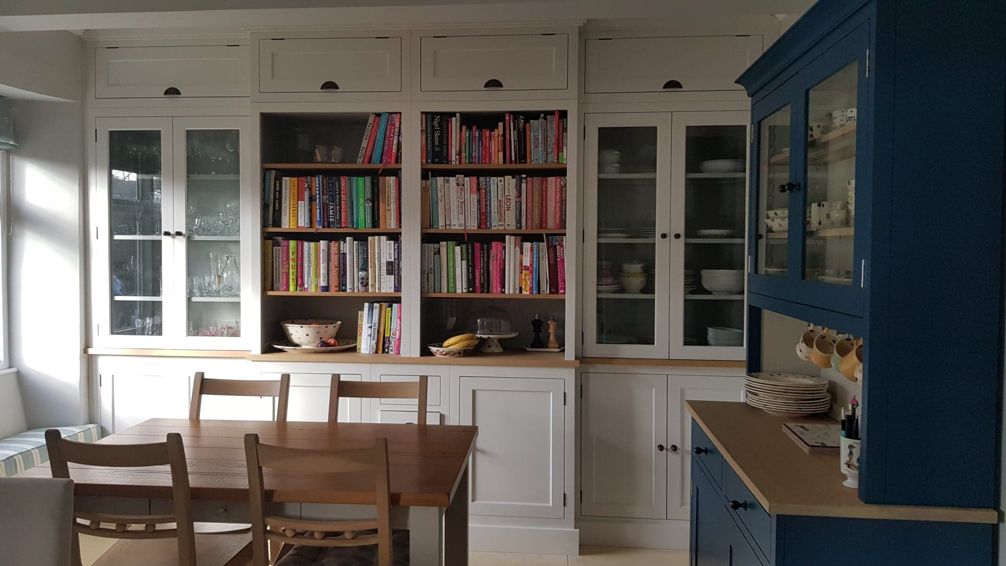 Henley painted kitchen by Robert James Interiors (1).jpg