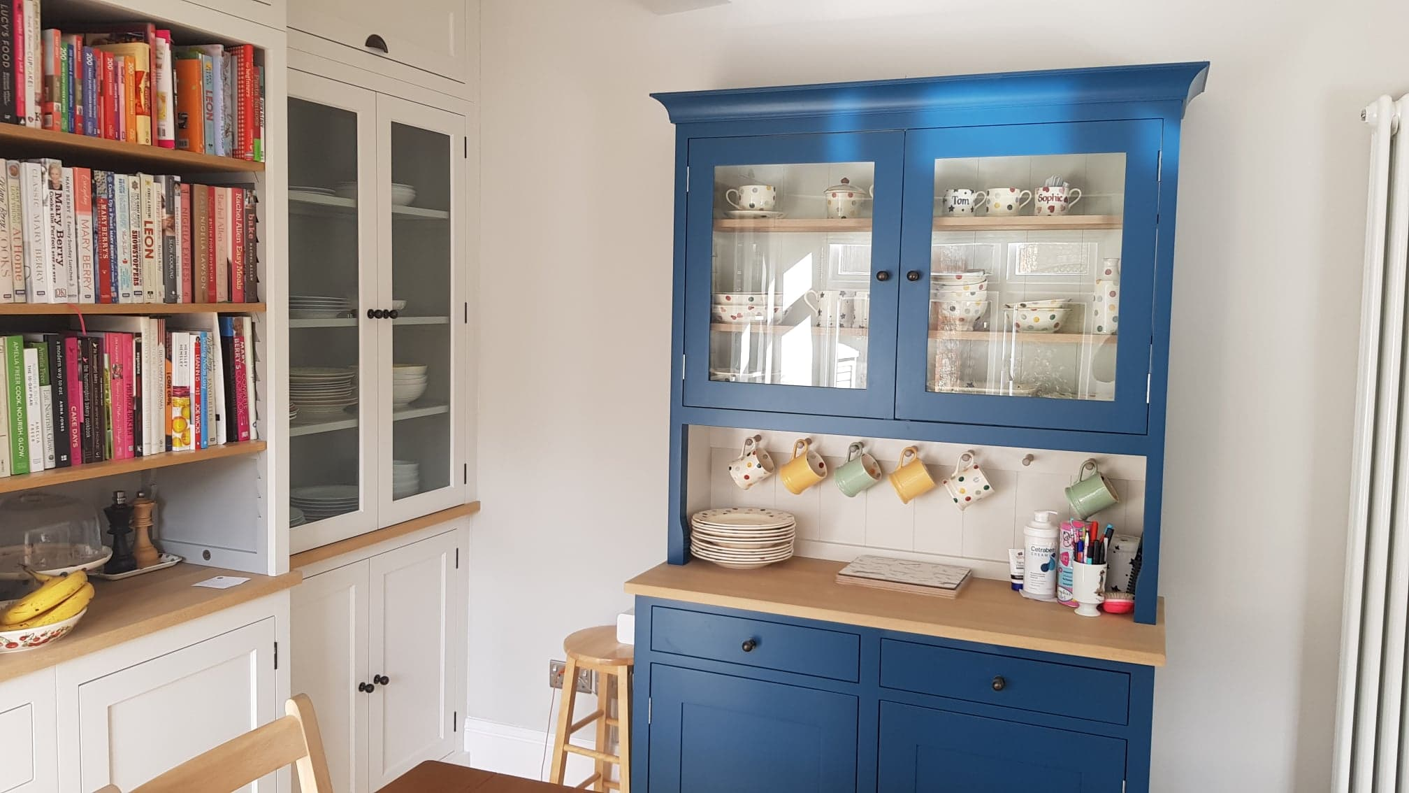 Henley painted kitchen by Robert James Interiors (3).jpg