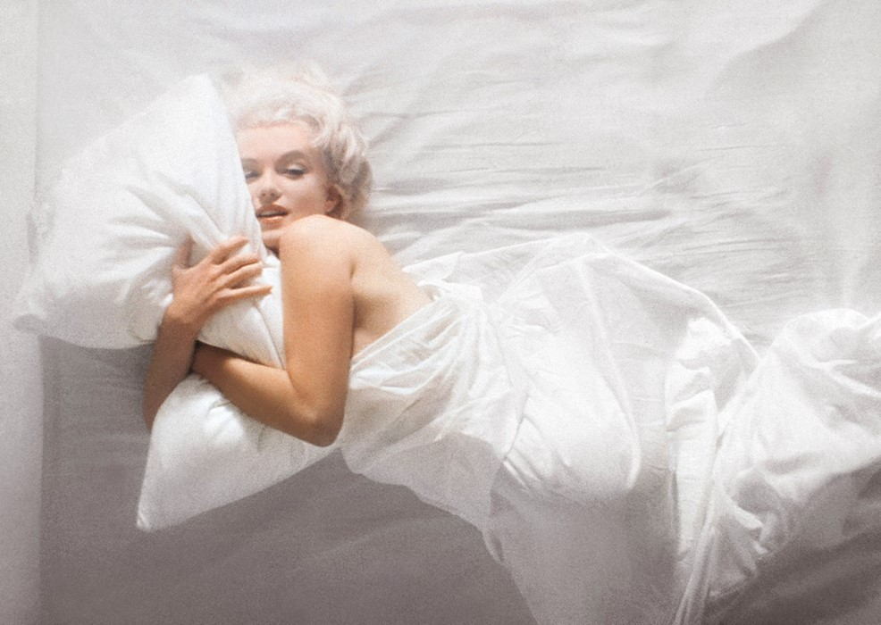Reference image: With Marilyn: An Evening/1961 Photography by Douglas Kirkland