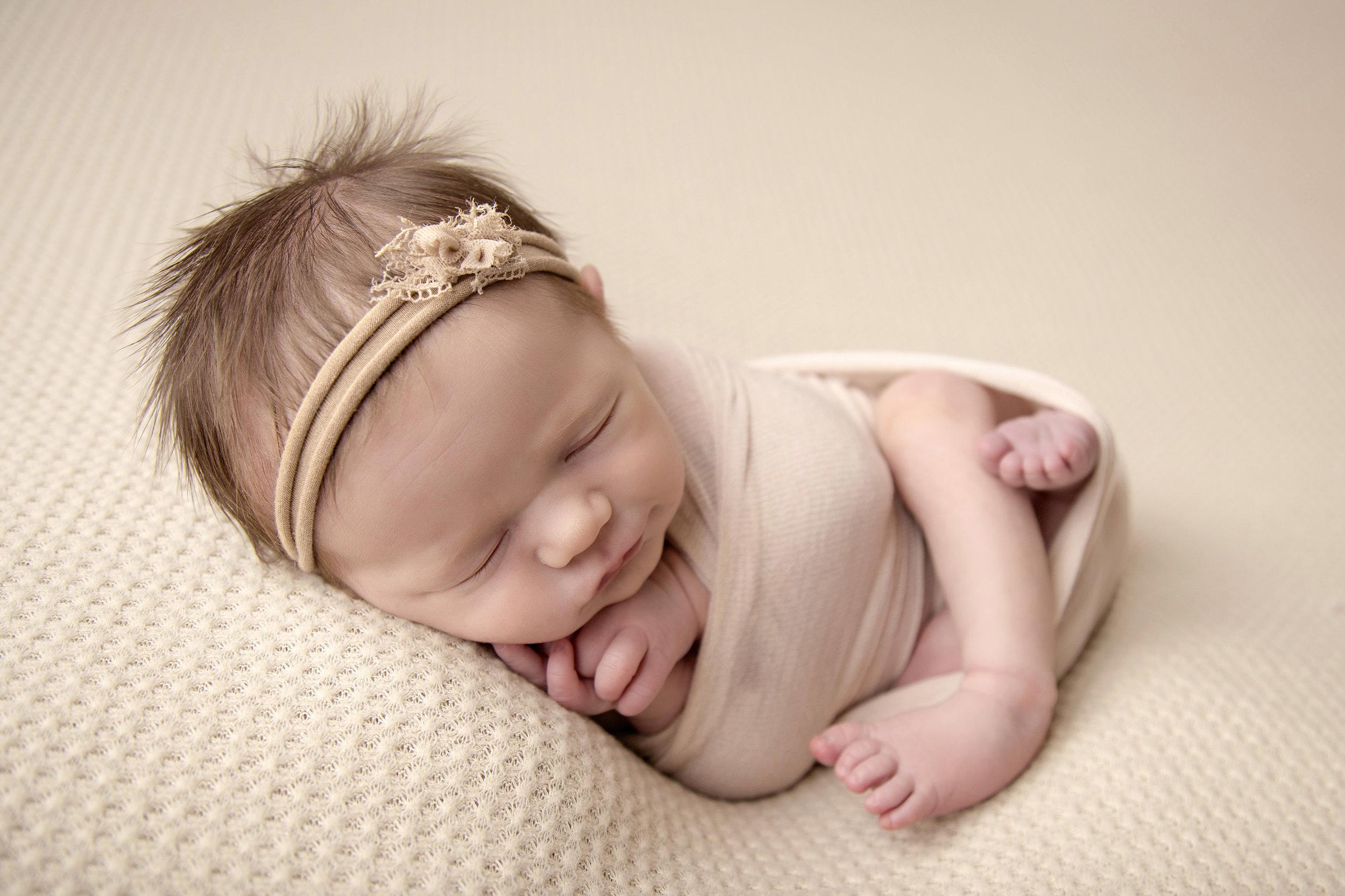 lancaster-newborn-photography-angie-englerth-aep011.jpg