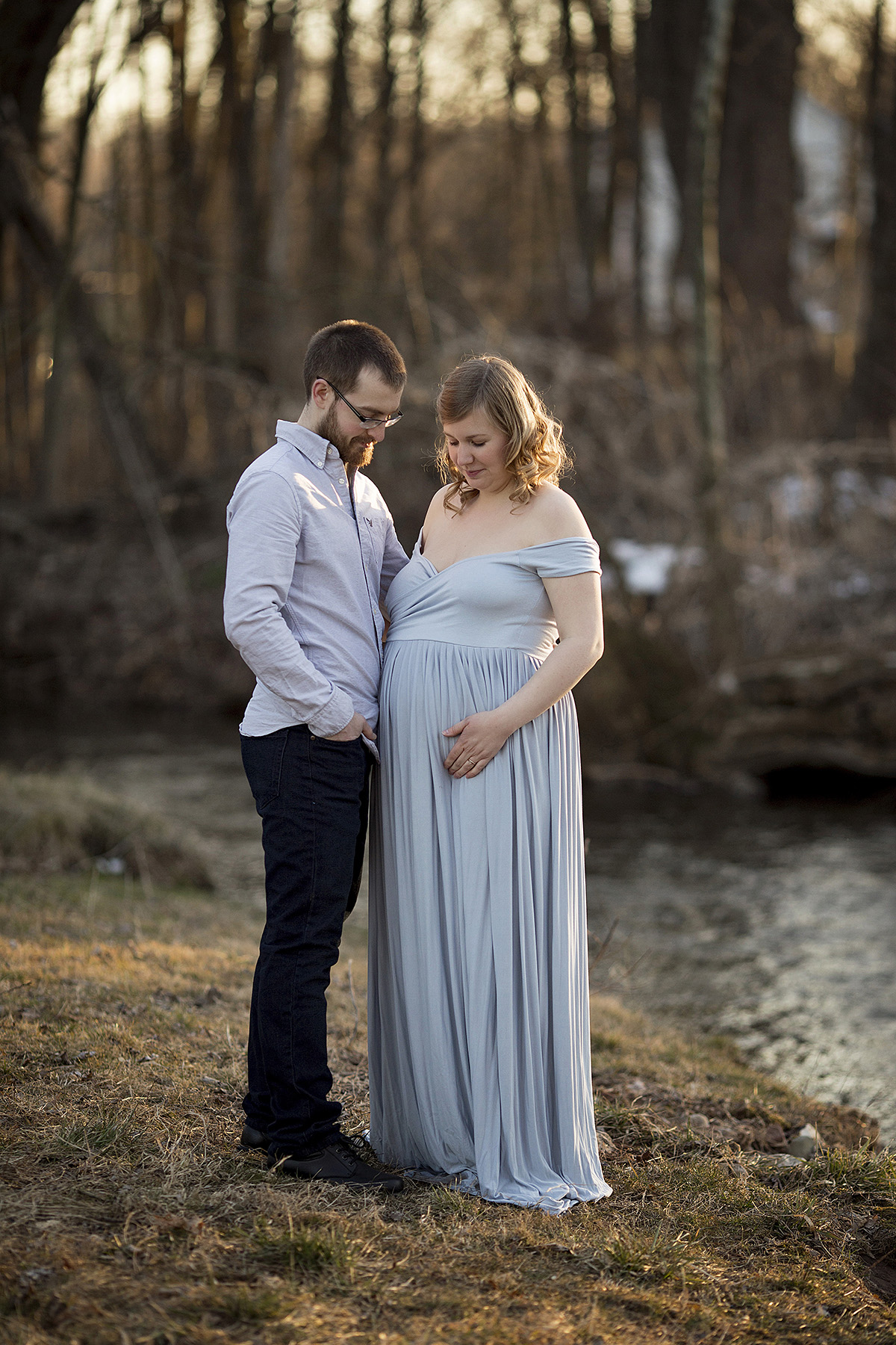 Angie_Englerth_Lancater_Maternity_Photographer_Wardobe_Blue_005.jpg