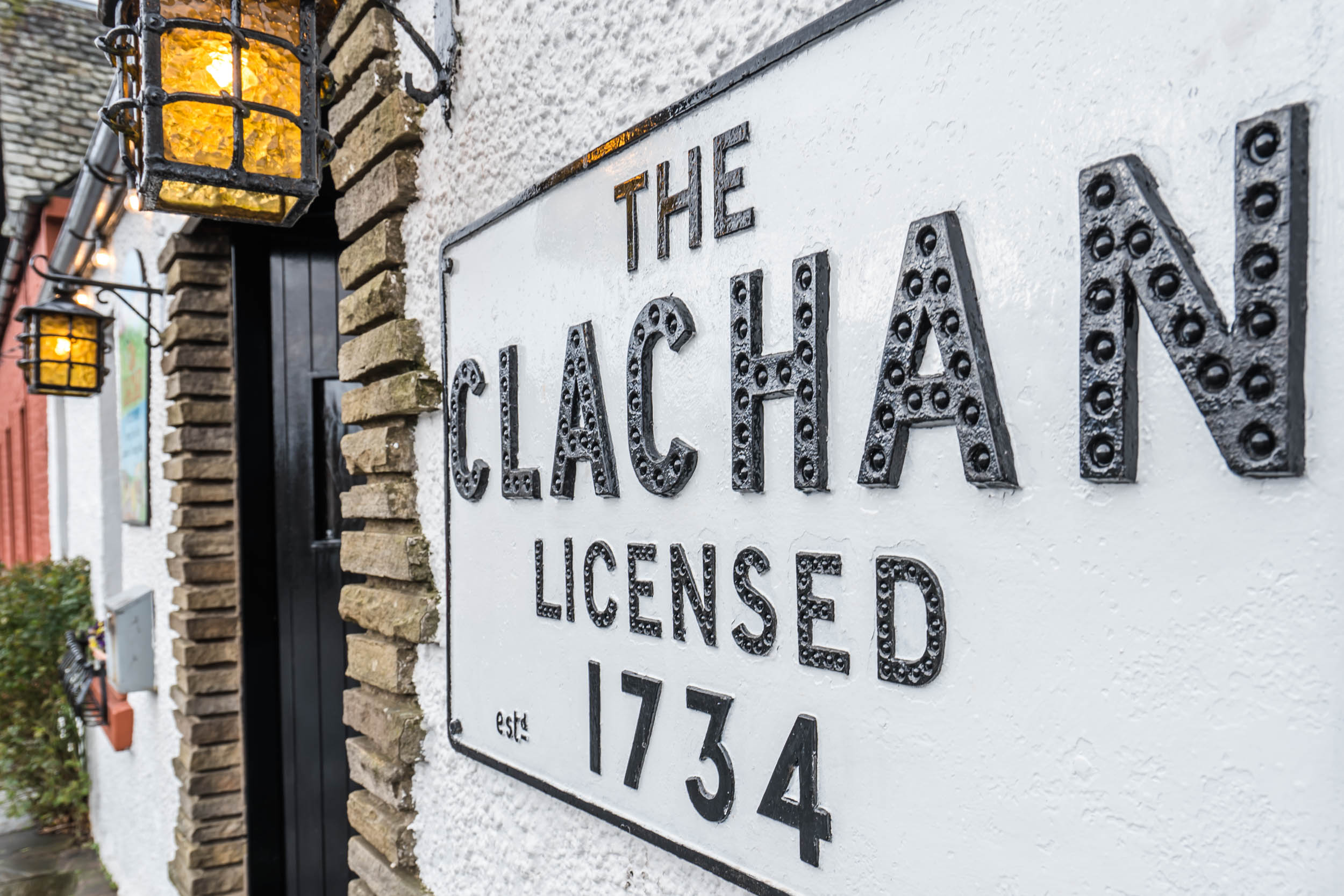 Scotland's Oldest Licensed Pub