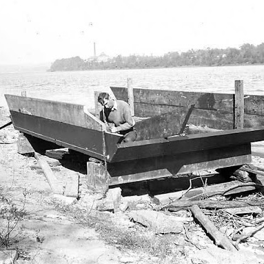 Harlan Hubbard Constructing his Shantyboat, 1944  Black and white photograph,  Contributed by John Morgan  to the Ohio River Portrait Project, 1990PH2  Kentucky Historical Society