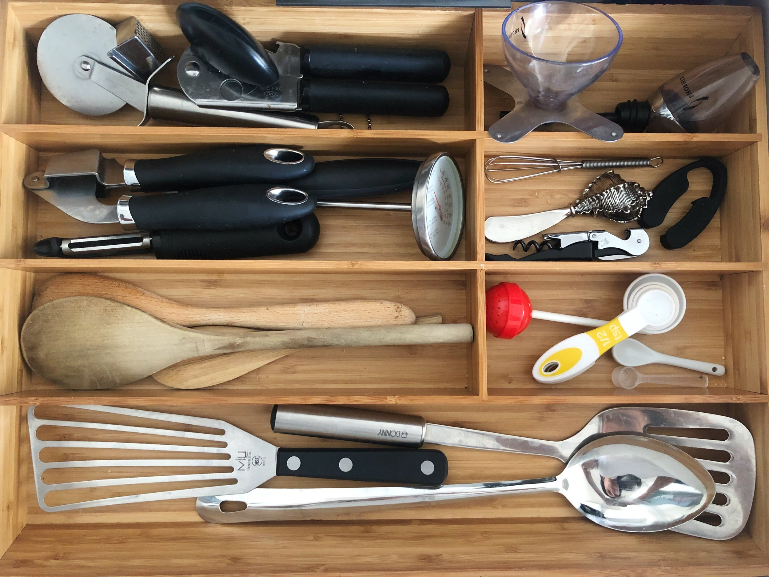 drawer dividers - Whether for your kitchen tools and utensils, or your panties (hehe) a divider is a MUST for any organized home. It's the concept of having a place for every item in your home, while also being able to view it and have it easily accessible (because you know where you've put it!) It's called a junk drawer for a reason- and your panties and expensive knives should have a home too.