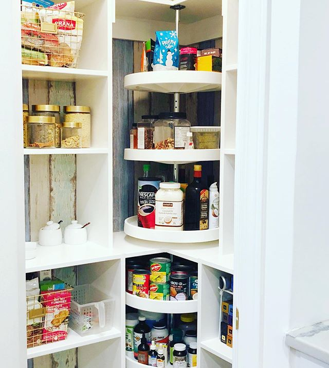 Pantry update coming soon! ⭐️ Take a look how Casa Nessa has completely transformed this typical pantry into a custom built one-of-kind space 😍 With the use of wallpaper, 6 corner lazy susan's (cause that's Casa Nessa's fav!) 😂 electric outlets for the toaster and kettle, and added touches of gold and pink - this once boring 😒 pantry has had a complete makeover! We have been taking our time finding the right products for this special space and an update will be up on the blog soon! Stay tuned! 😘