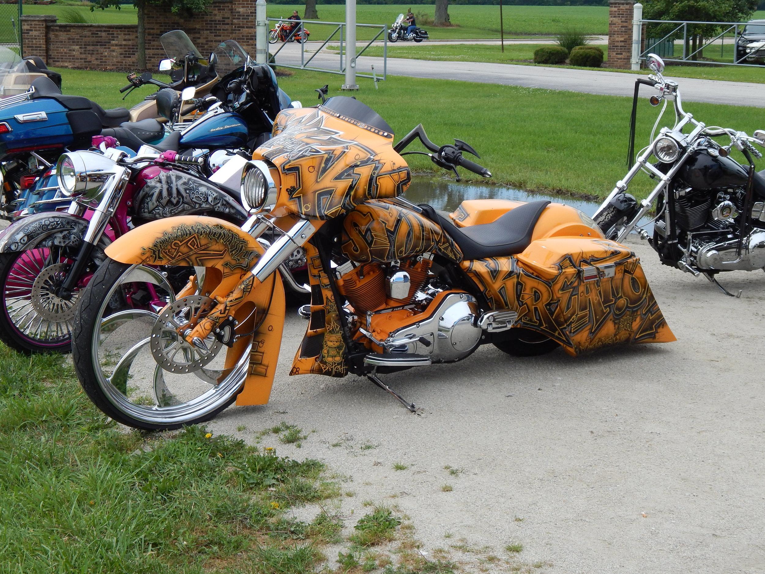 peotone-motorcycle-swap-meet-bagger.jpg
