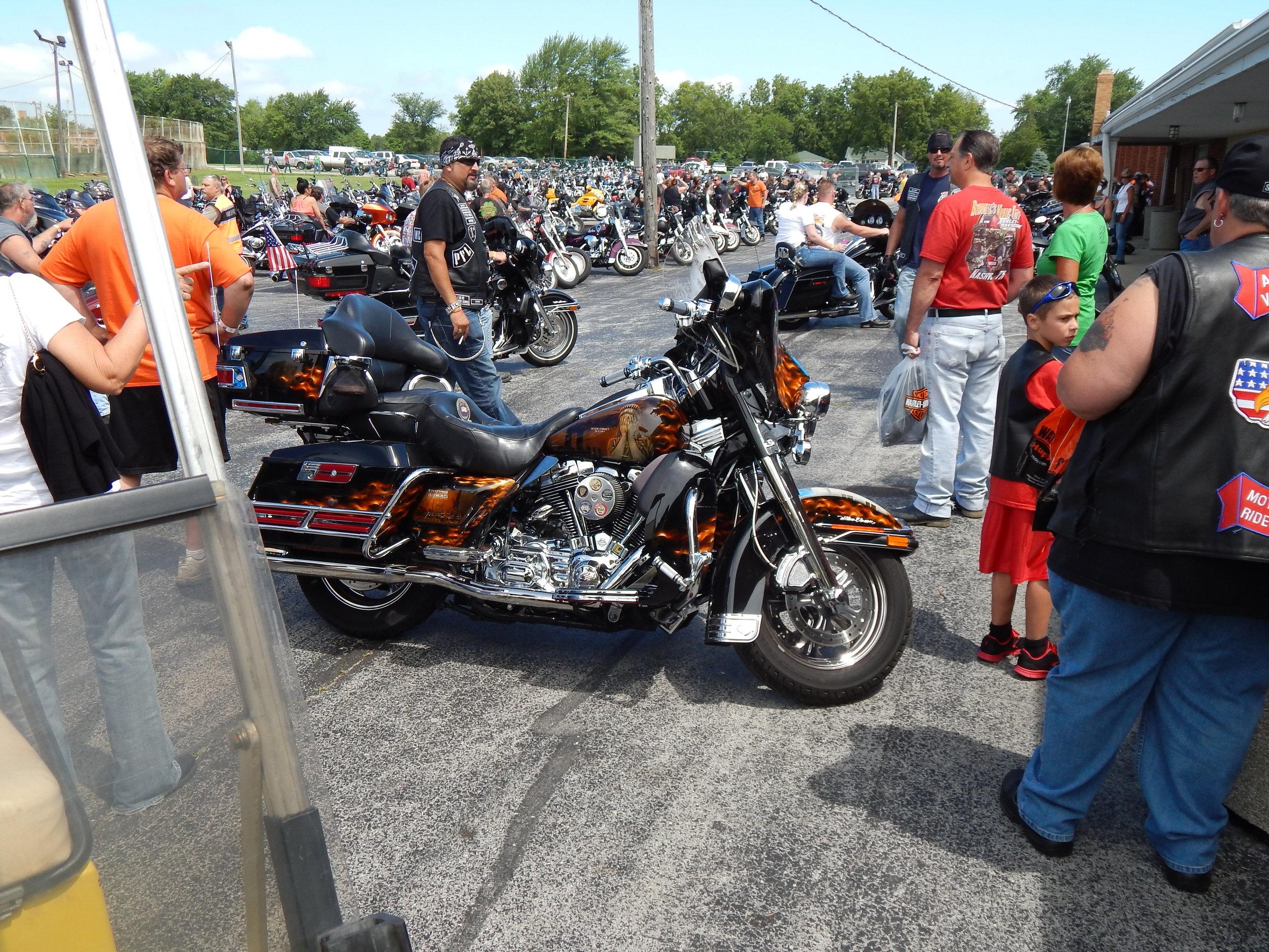 peotone-motorcycle-swap-meet-9-11-bike.jpg