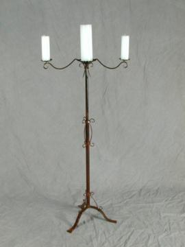 Pedestal - 3 candle style.jpg