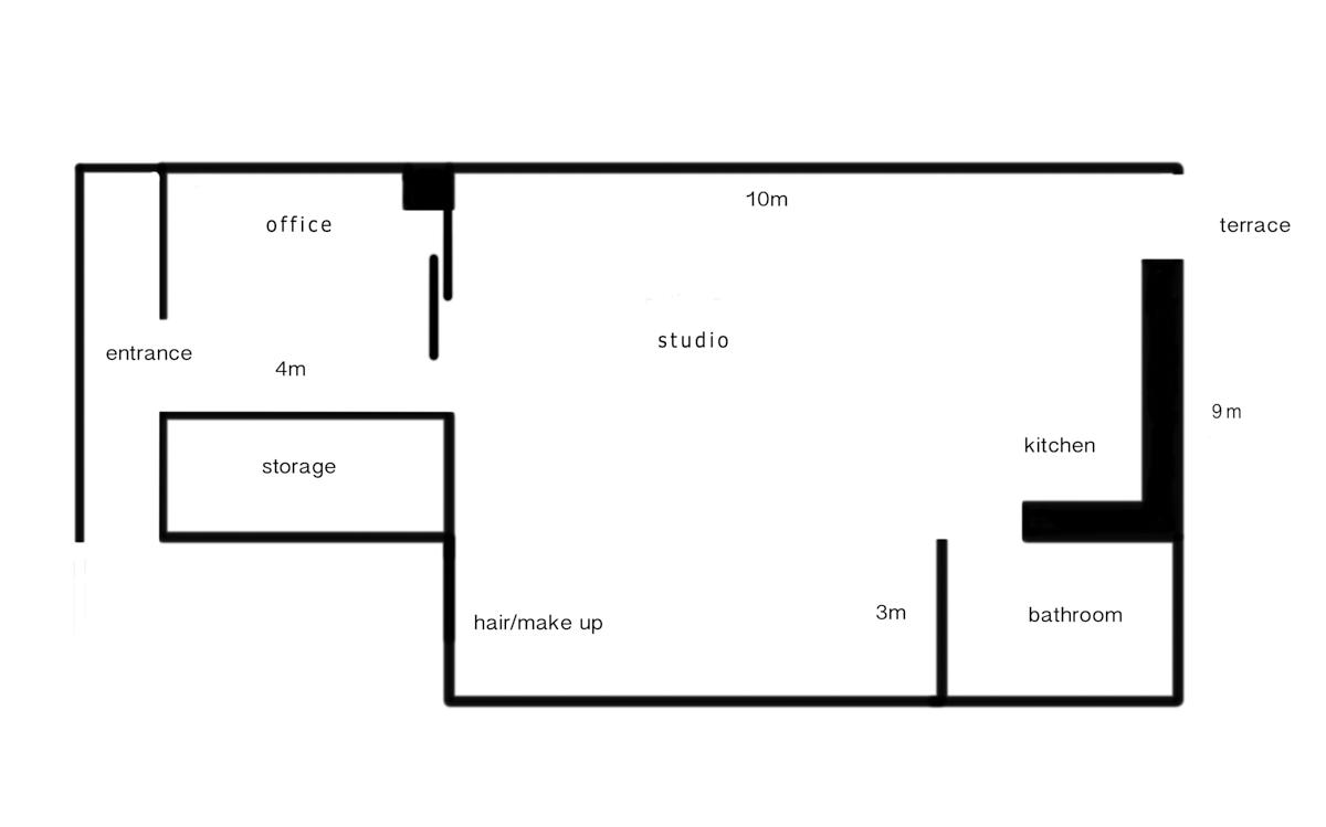 unit b photo studio floorplan.jpg