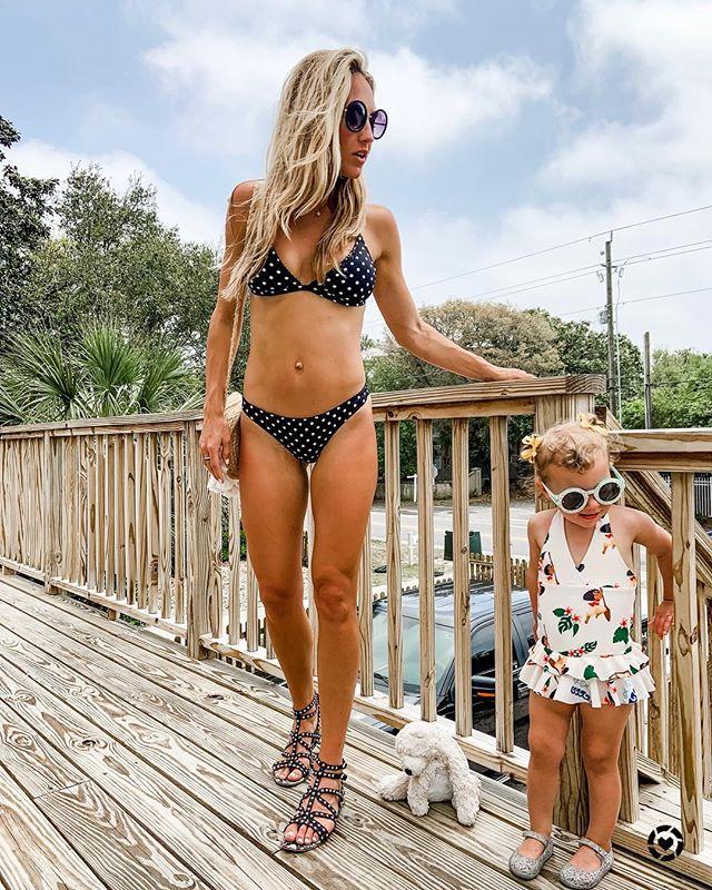 Beachin' ☀️ . . . Linked our swimmies 🌟 http://liketk.it/2Baz6 #liketkit @liketoknow.it