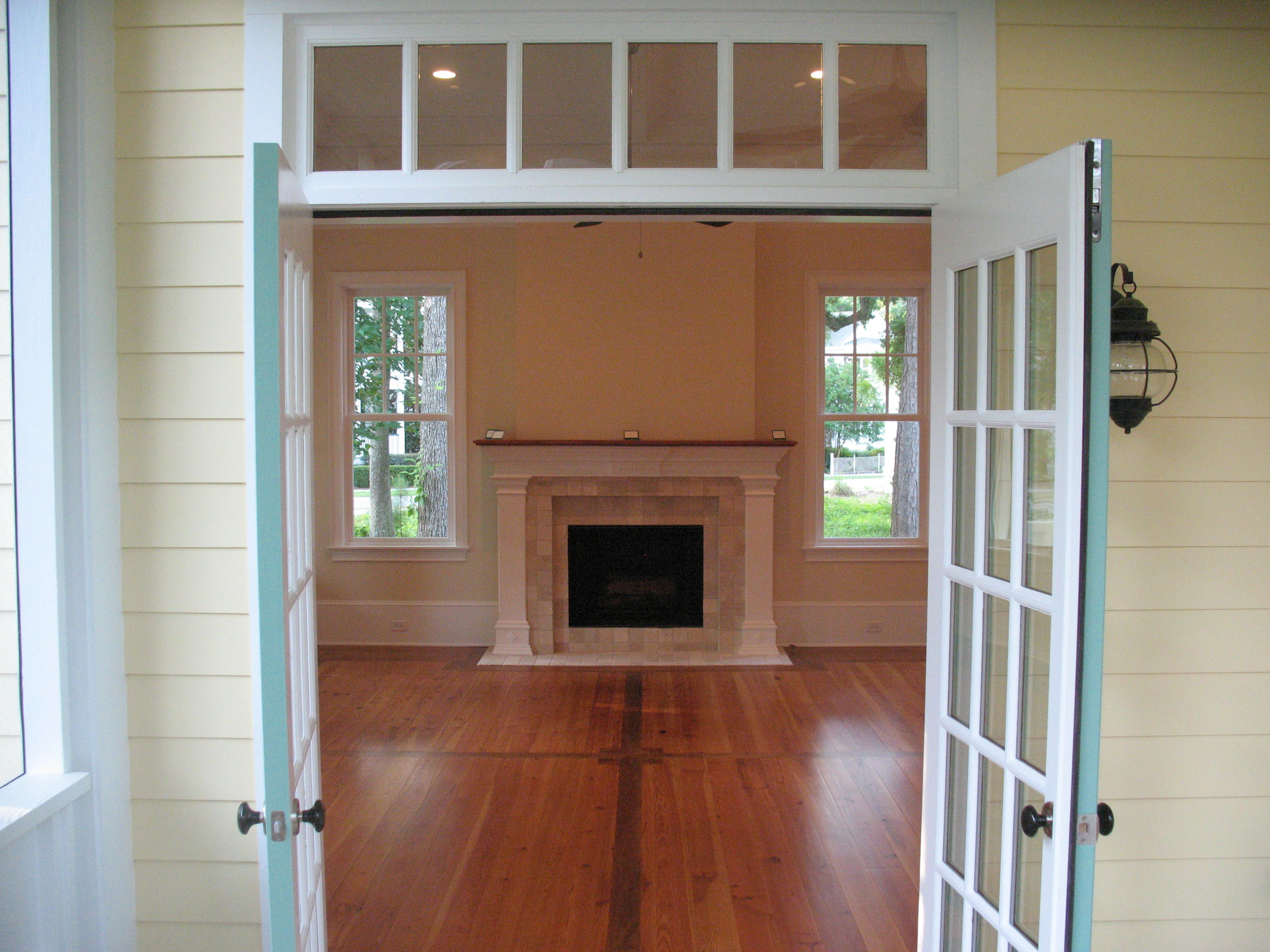 Porch to fireplace.jpg
