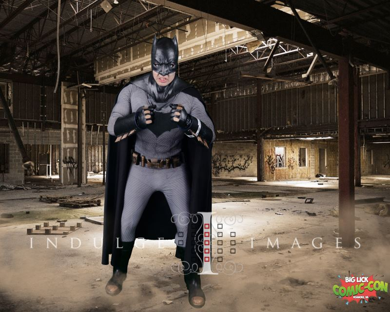Batman-cosplay-convention-photographers