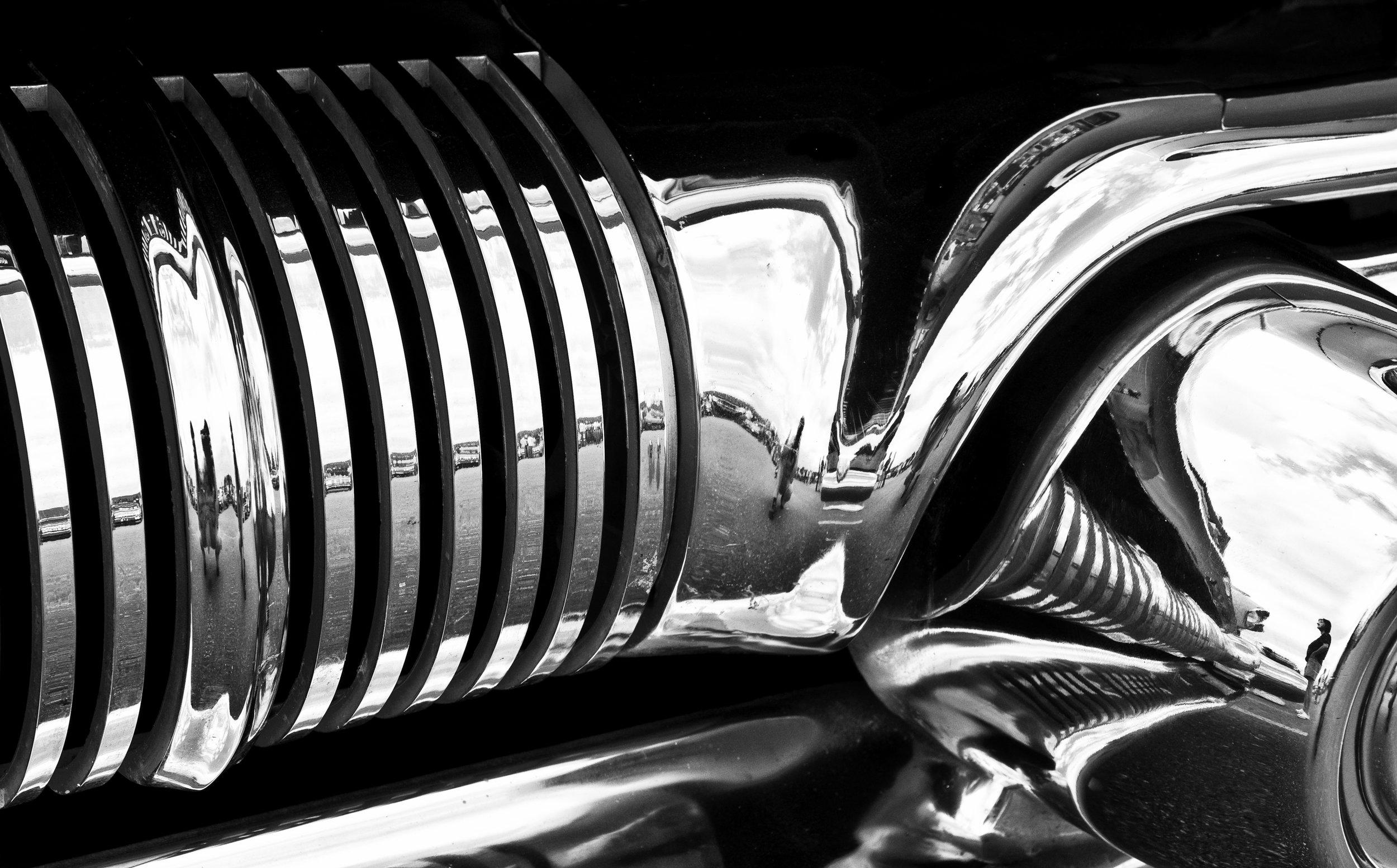 Pontiac Bonneville.jpg