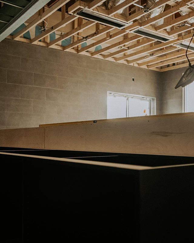 Big moves this week, frame work installation then floor tiling!