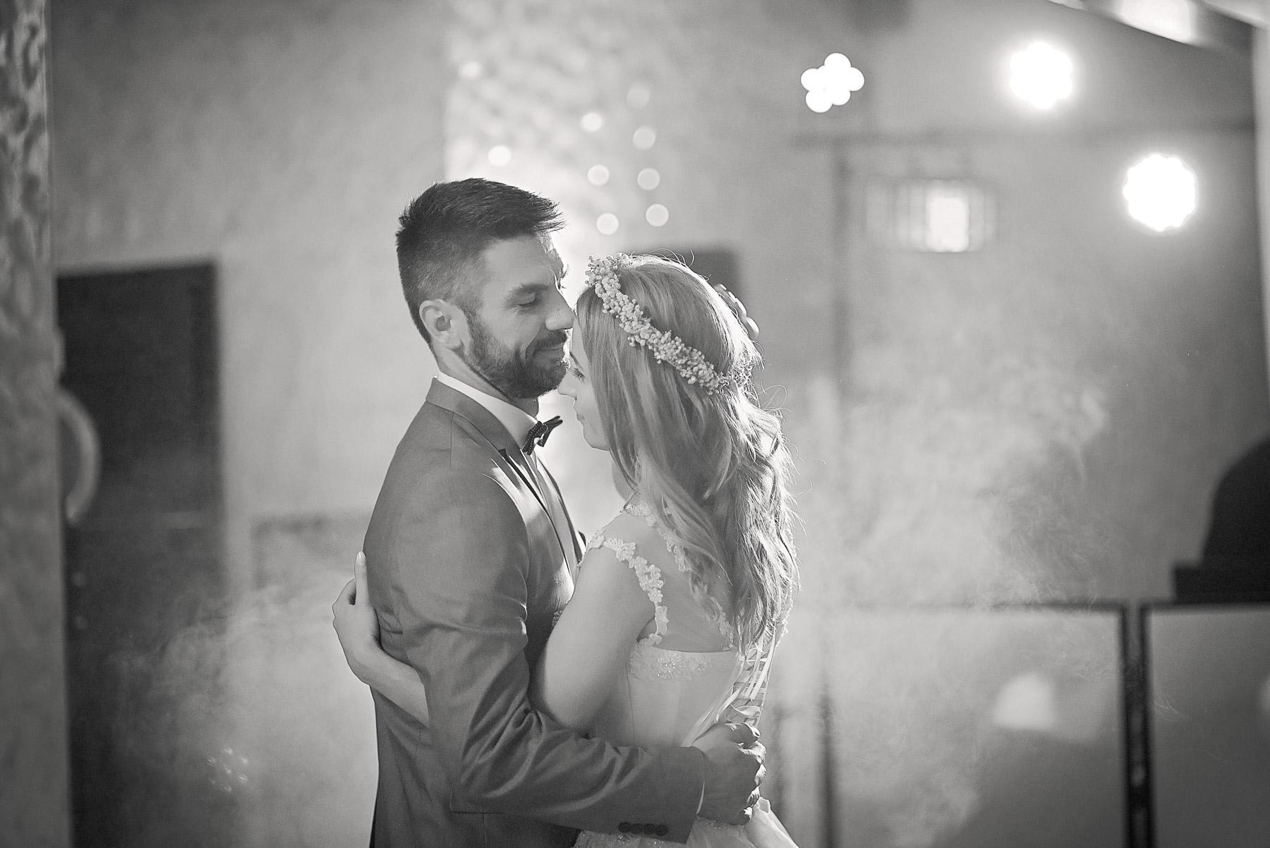 zdjęcia ślubne mrągowo (11).jpg