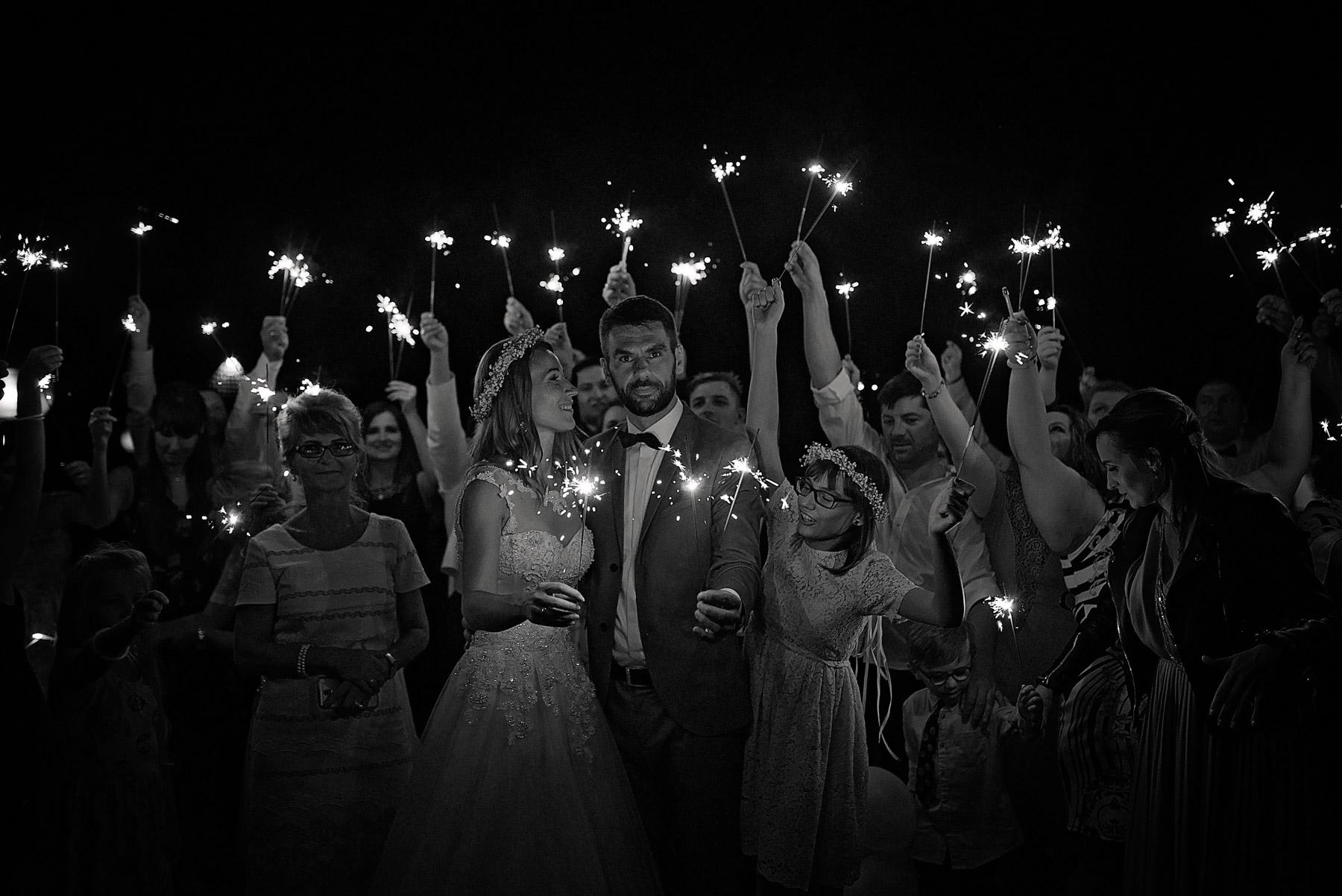 zdjęcia ślubne mrągowo (15).jpg