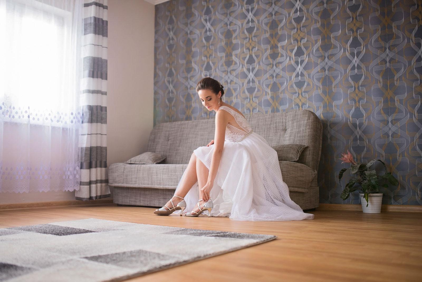 przygotowania-u-panny-mlodej-banie-mazurskie-wesele (7).jpg