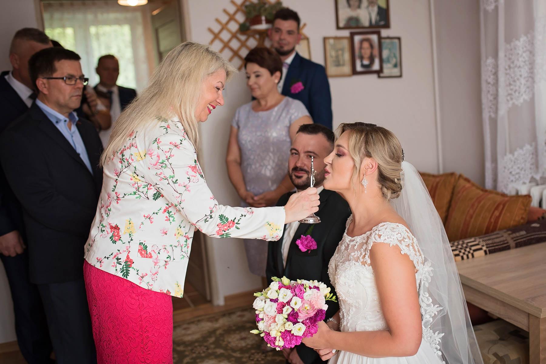 błogosławieństwo-zdjęcia-ślubne