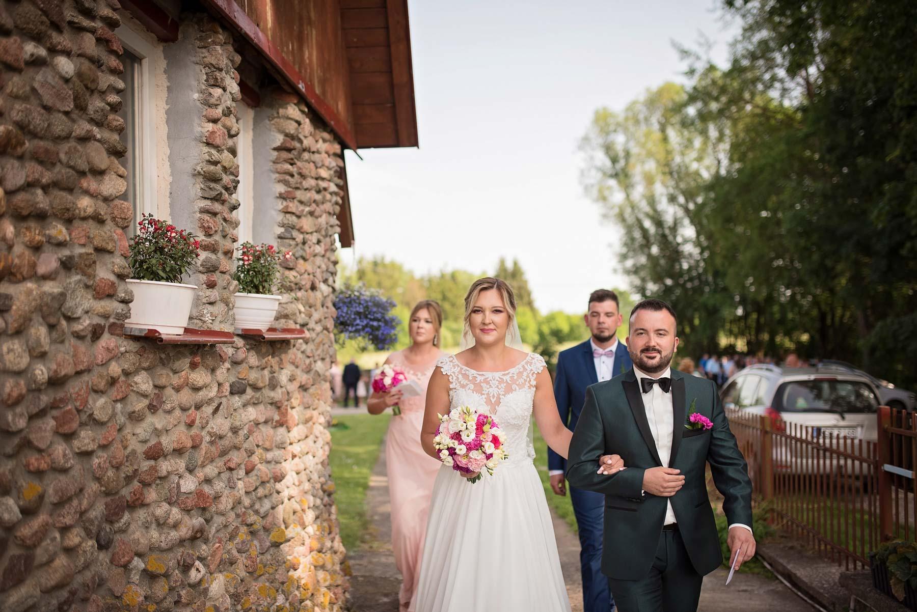 wyjście-z-domu-fotogra-na-wesele