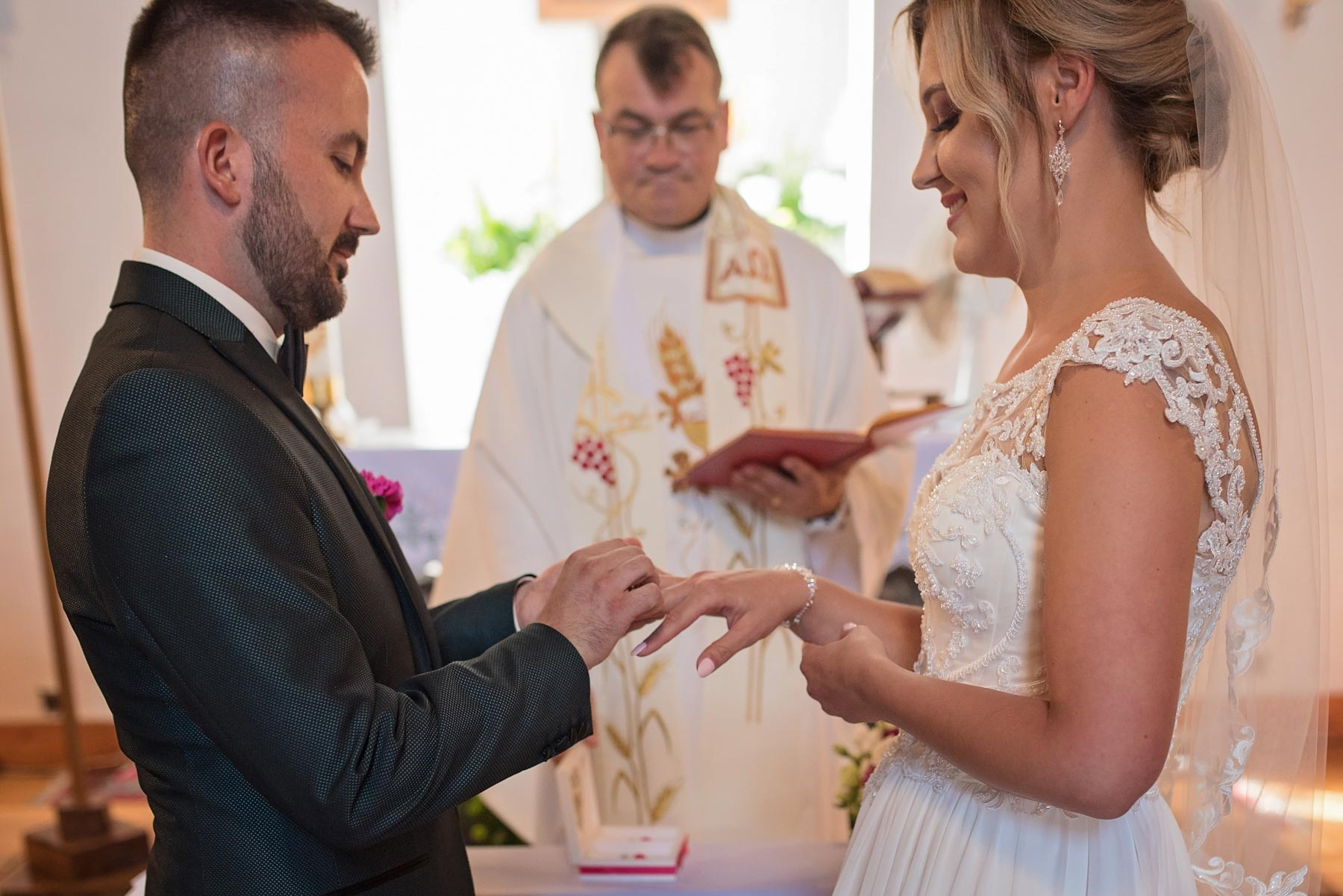 obrączki-ślubne-wesele-gołdap