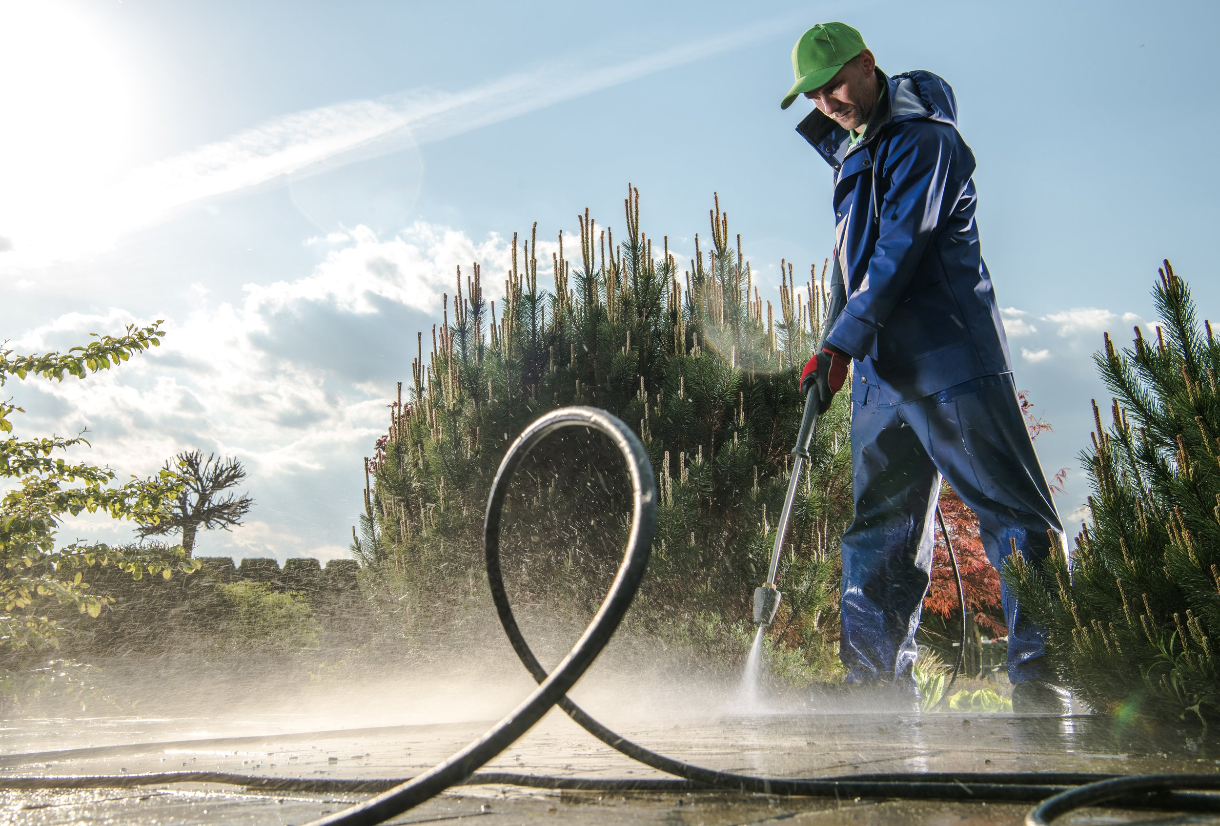 Pressure washing service Palm Springs Ca